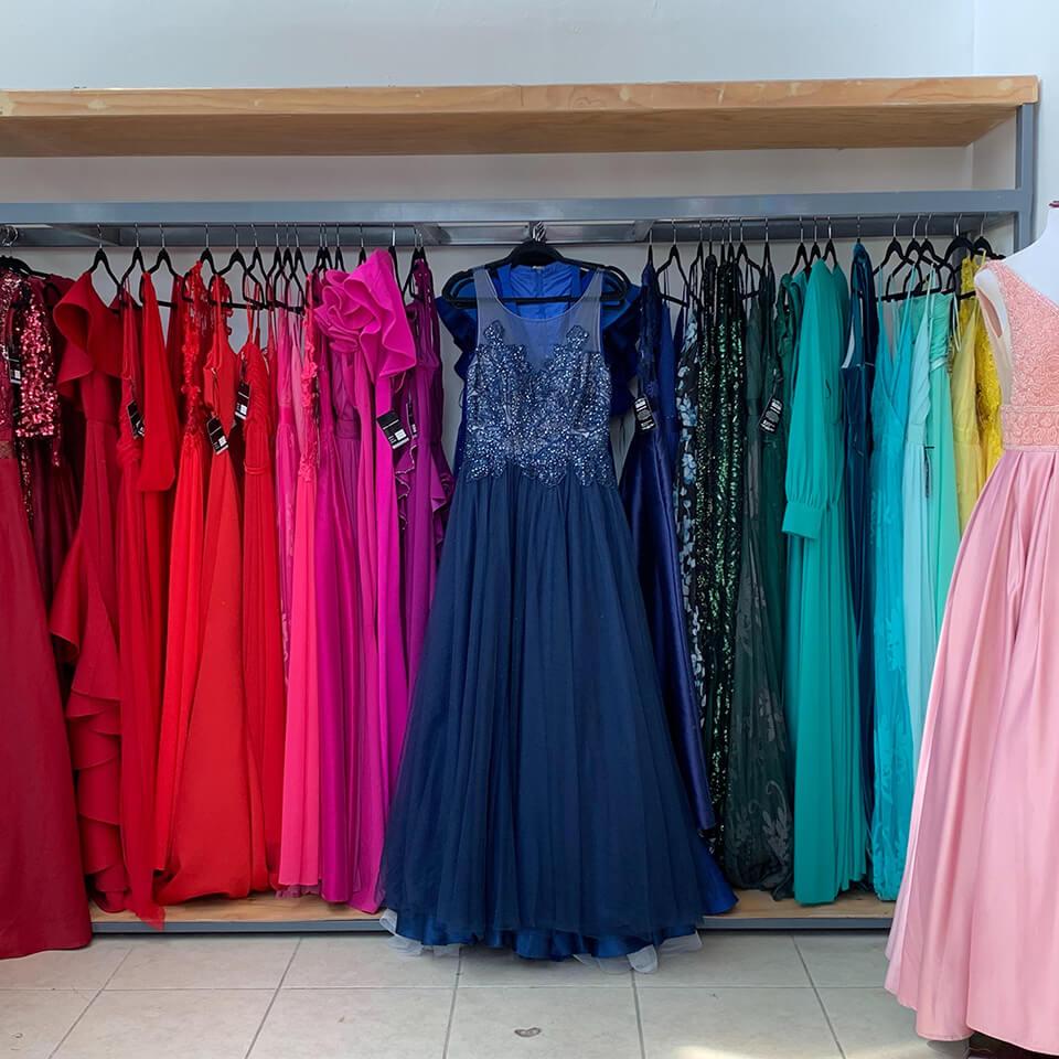 Dolka Showroom Renta Compra Vende Vestidos De Fiesta